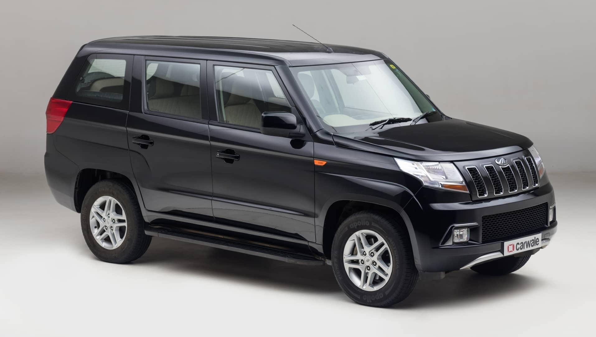 Top 9/10 Seater Vehicles in India: List of 9/10 Seater Cars in India